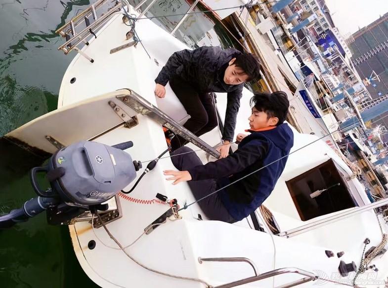 如果没有梦,也不会登上十月的帆船