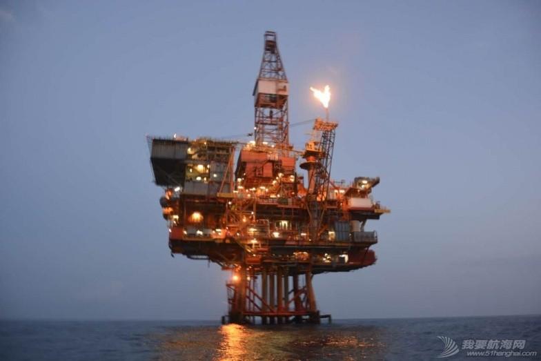 南海 南海油田。丹云号航海日志(十五)