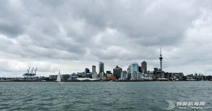 千帆之都,美洲杯,新西兰,奥克兰,爱好者 在迷人的千帆之都奥克兰亲身体验美洲杯帆船同时也不需要航海经验。 11.png