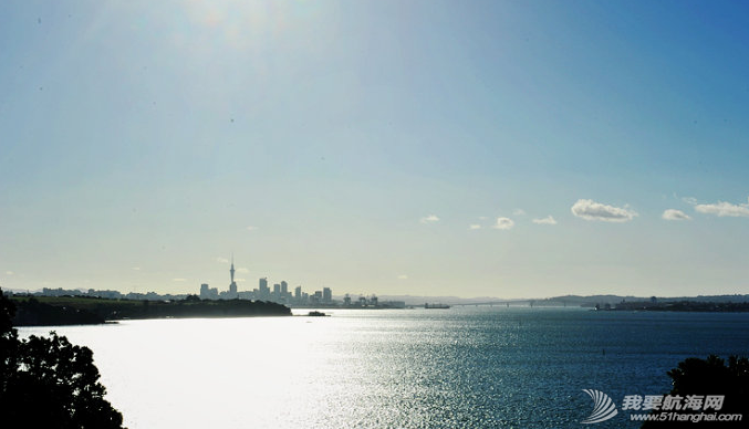 千帆之都,美洲杯,新西兰,奥克兰,爱好者 在迷人的千帆之都奥克兰亲身体验美洲杯帆船同时也不需要航海经验。 23.png