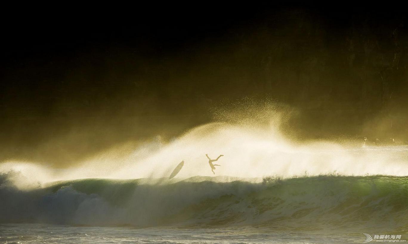 热带风暴,冲浪,极限 热带风暴中的极限冲浪 10.jpg