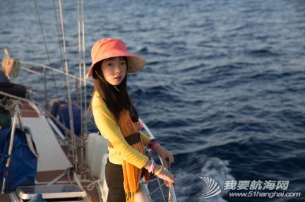 """2014年""""彩虹勇士号""""已深入太平洋,航海家庭会一路回馈支持他们的朋友。 3.png"""