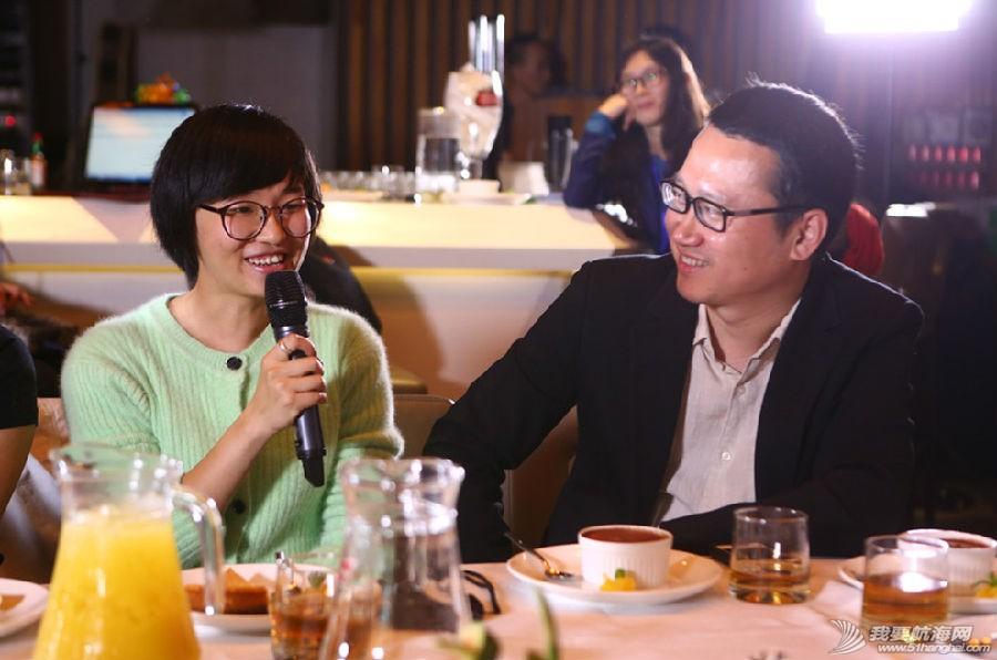 视频在线,经典语录,咖啡厅,主人公,上海 张昕宇梁红之经典语录---25岁之前是杜拉拉式的梦想,25岁后就想去折腾一下,管它呢... 3.jpg