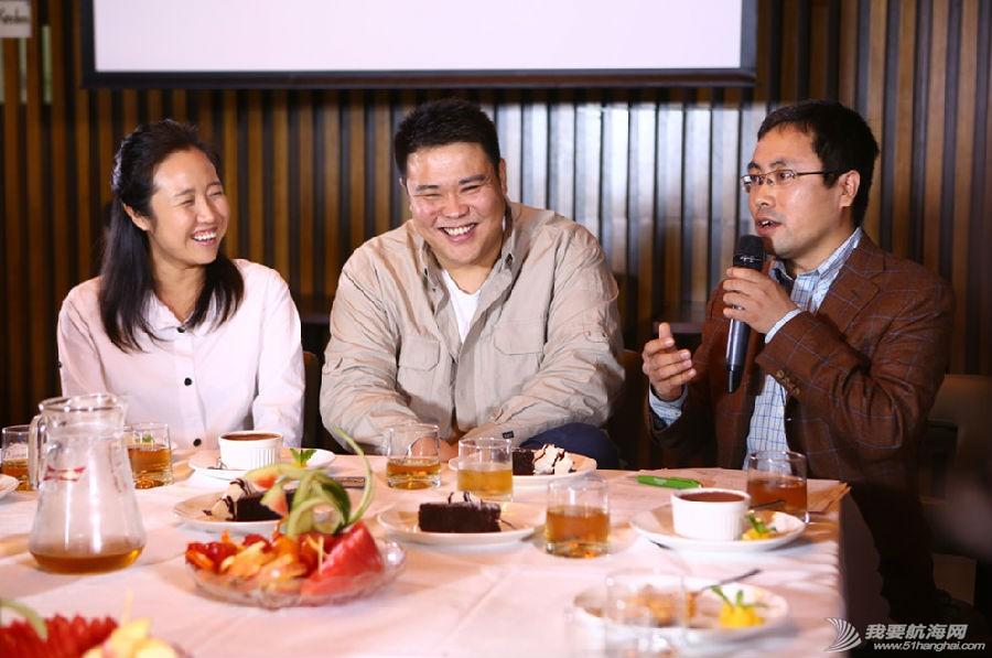 视频在线,经典语录,咖啡厅,主人公,上海 张昕宇梁红之经典语录---25岁之前是杜拉拉式的梦想,25岁后就想去折腾一下,管它呢... 6.jpg