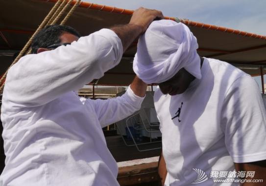 2014,国际田联,卡塔尔,多哈,帆船 5月7日国际田联钻石联赛选手登上了古老的卡塔尔式单桅三角帆船体验多哈风情。 3.png