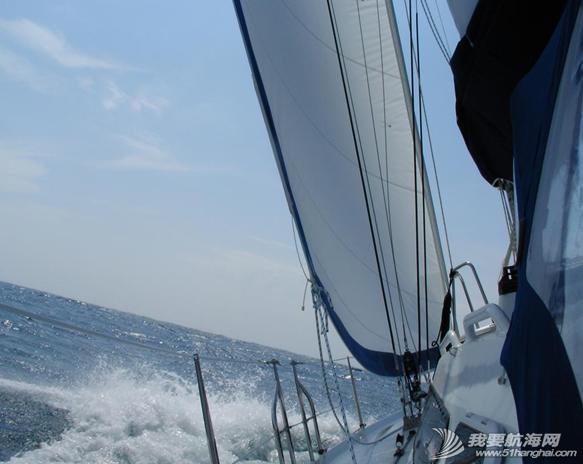 帆船,运动员,环游世界 老公的梦想之一是驾着帆船去看世界,我们义无反顾地去做了。 4.png