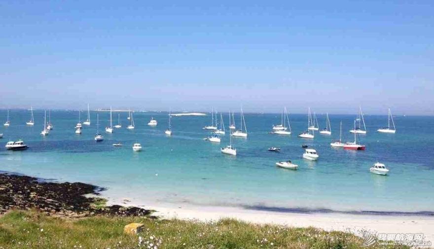 魔鬼训练,训练营,小伙子,法国 周末东风队训练营的小伙子们到法国东部的Glénan岛上放松 11.png