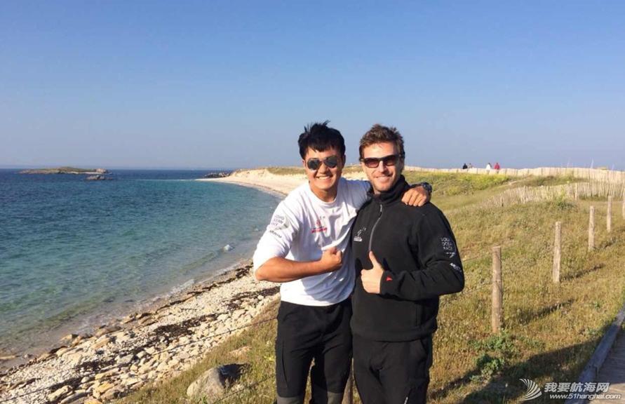 魔鬼训练,训练营,小伙子,法国 周末东风队训练营的小伙子们到法国东部的Glénan岛上放松 14.png