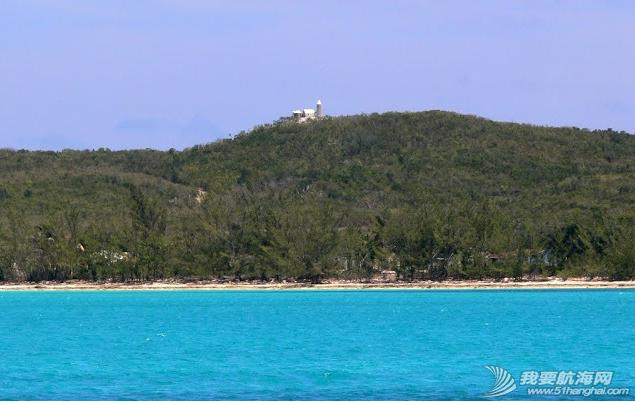 2006年5月15日,同道者离开了长岛,按计划离开乔治城驶向猫儿岛。《大西洋航游760天》 24.png