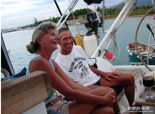 """巴哈马,联想,老男人,约翰,而且 """"同道者""""抛锚水域的邻居是英国船,船名""""约翰先生""""。---《大西洋航游760天》 17.png"""
