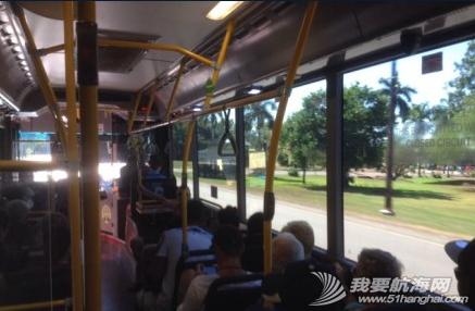 人民币,公交车,朋友,便宜,故事 6月3日,当地华人朋友告诫,公交车不要坐后边,那是土著人的座位。 10.png