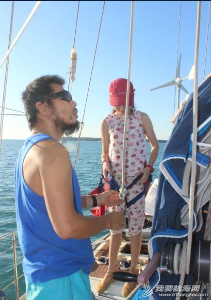 达尔文,导轨,变形,流量,螺栓 登桅杆顶,检查前帆故障,前面紧固桅杆,贯通铝制导轨的钢筋断了! 7.png