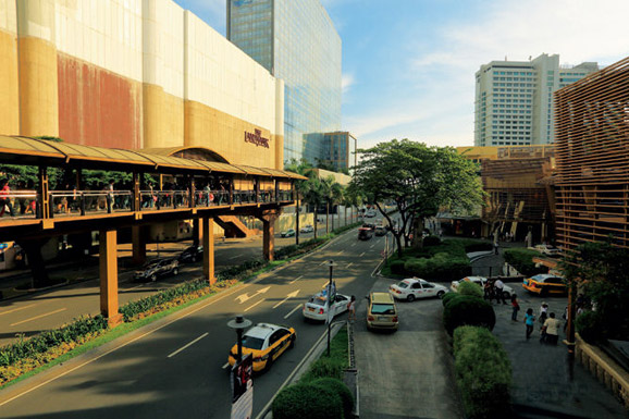 天安门广场,西班牙,菲律宾,购物中心,马尼拉 2014-06-17 马尼拉:一眼天堂一眼地狱 1383552506890.jpg