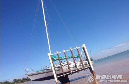 达尔文,俱乐部,中文,帆船 达尔文有7米的潮差,单体船就在低潮时捆在旁边做船底工作。 18.png