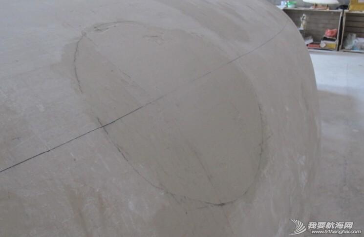 工作服,天气,图片,清洗 图片:最后打磨船体的工作,找平、修补,再找平、再修补。 10.jpg