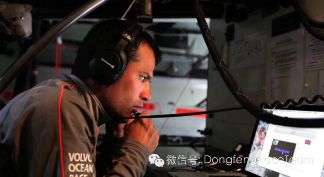 全世界,能力,勇气 2014-04-15 东风队继续寻找随船记者 0.jpg