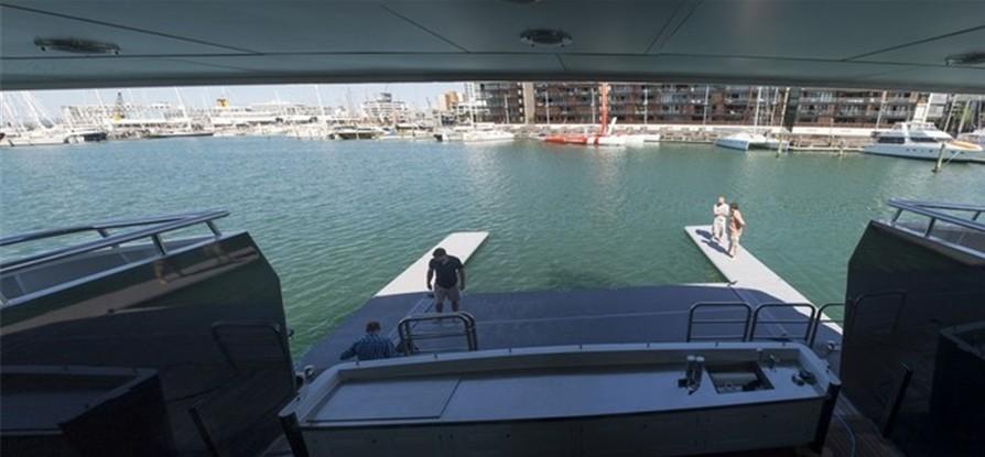 有限公司,尤利西斯,工业 2014-06-22好东东分享——Lancer工业有限公司的船艉码头系统 0.jpg