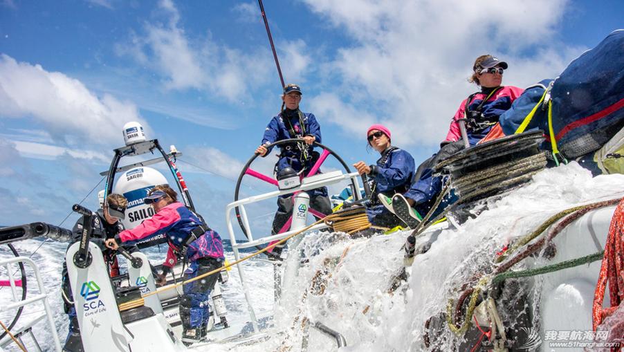 爱生雅队,尔沃环球帆船赛,随船记者 全女子船员组成的爱生雅队确定了2014-15沃尔沃环球帆船赛的随船记者 2.png