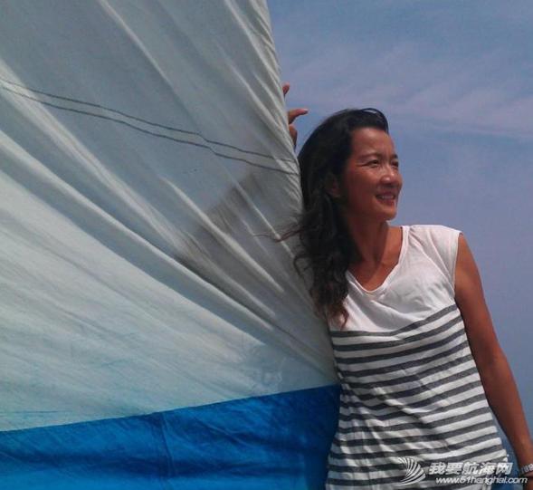让我们一起来欣赏一下万金玉大姐的陆地生活和海上漂时的照片 39.png