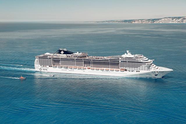 意大利,地中海,最大的 世界上最年轻的船队——地中海邮轮简介 0.jpg