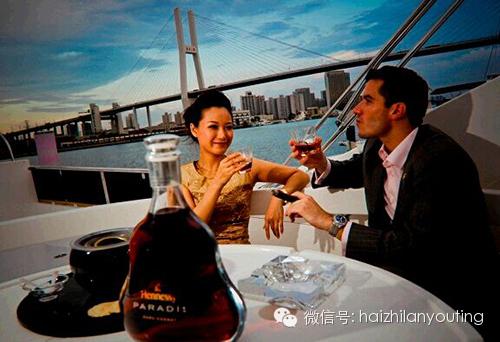 美好时光,沙龙,商务,休闲,月光 【游艇生活】找准游艇心脏--沙龙 0.jpg