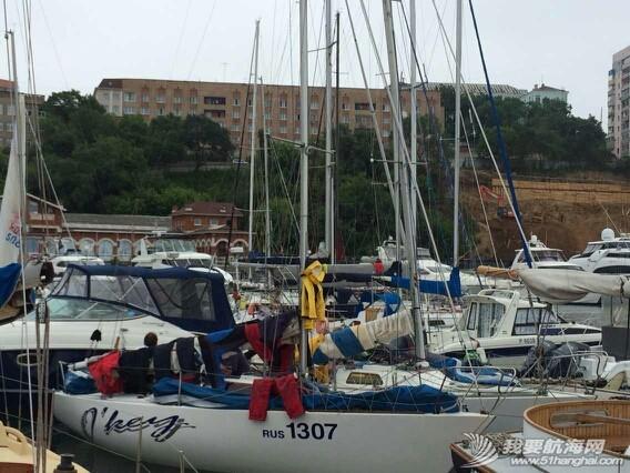 海参崴的seven feet 游艇码头 120059sk6yv3d322yd9d36.jpg
