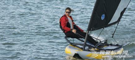 水上运动,爱好者,设计师,帆船,激情 折叠式充气帆船---让航海运动变得简单、充满乐趣,让爱好者体会到滑翔和速度的激情。 4.png