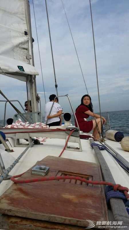 2014秦皇岛号帆船首航试帆,今天风和日丽,蓝天白云滴还不晒。 162929mlqphed9fr9exhkx.jpg