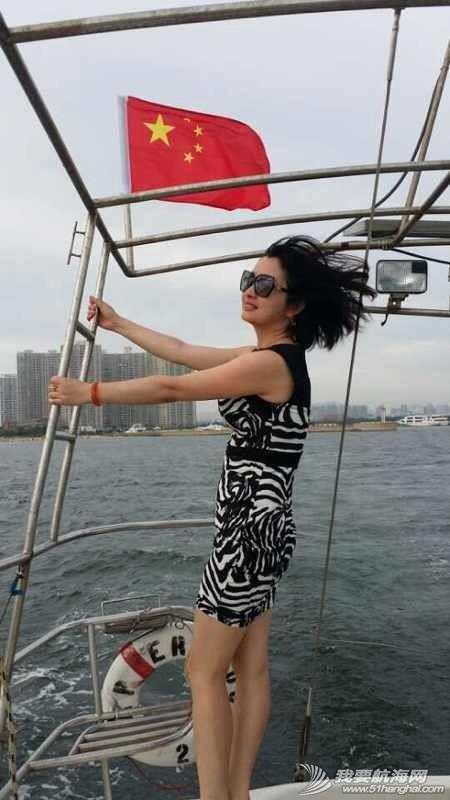 2014秦皇岛号帆船首航试帆,今天风和日丽,蓝天白云滴还不晒。 162931y0zbrisvfir50cbe.jpg