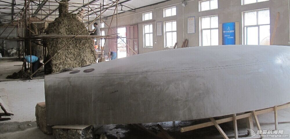 GR-750船壳首次成功移位(7月23日)