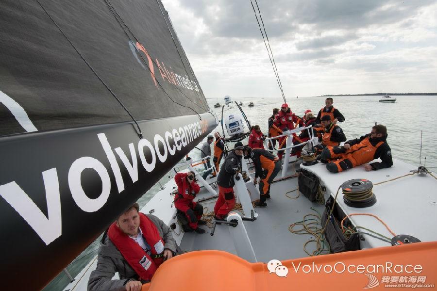 西班牙,沃尔沃,阿布扎比,阿联酋,帆船运动 2014-15沃尔沃环球帆船赛 为你讲述生活在极限的故事 7.jpg