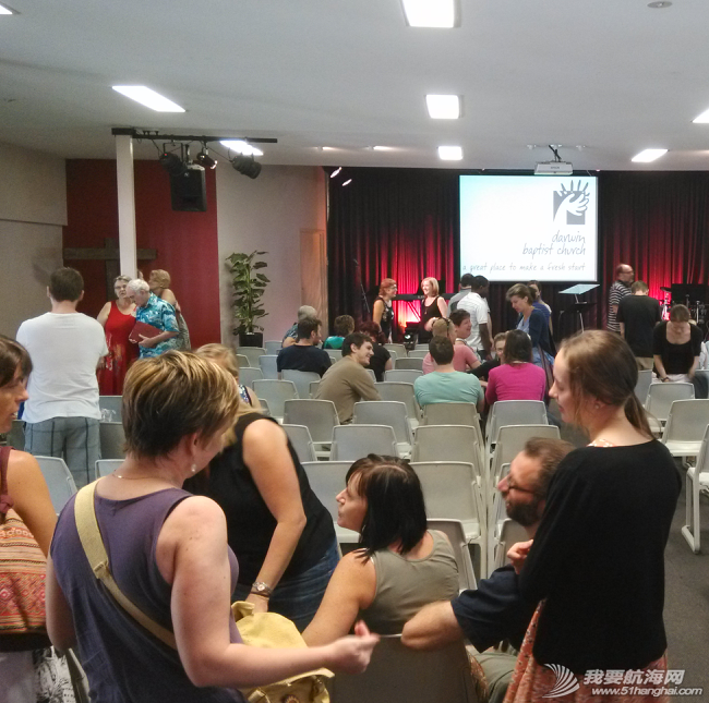 佛教音乐,工作人员,自行车,church,Adele 今天去洋人教会darwin baptist church,和华人教会有很大的不同。 19.png