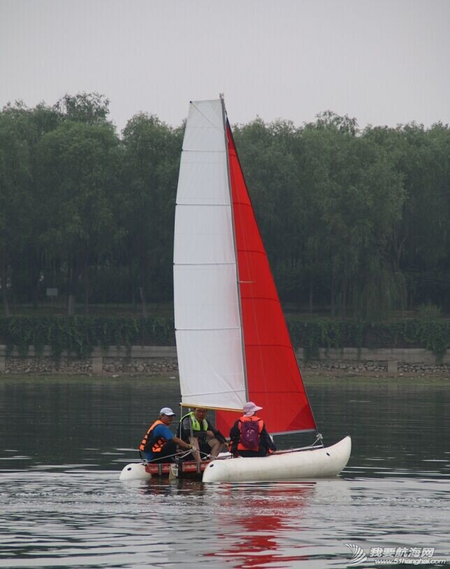 双体帆船,运河,金海,烟斗,后背墙 DIY帆船成为通州运河第一帆 QQ图片20140804175250.jpg