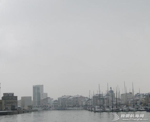 船架子,郭船长,mini 我们发现了Beneteau Figaro二代,还有给崔哥找的船架子,也见识了郭船长的mini! 4.png