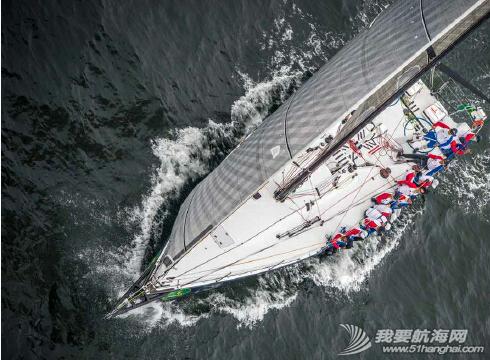 第27届劳力士中国海帆赛上我们看到了时间在帆船运动上留下的烙印,分秒间,海域无界。 1.png