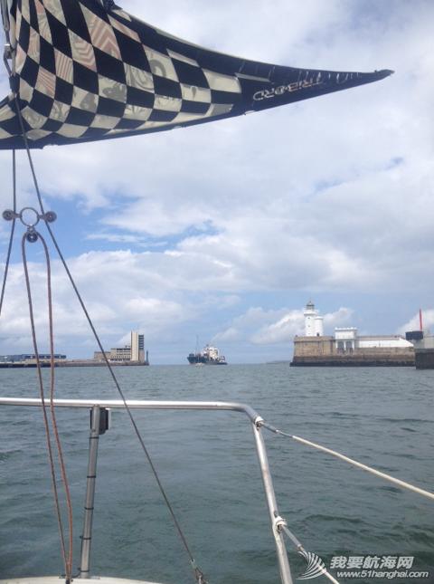 西班牙,度假旅游,风控自动舵,球帆杆 今天微风小航20海里,顺便试了一下朋友指导的风控自动舵,效果不错! 6.png