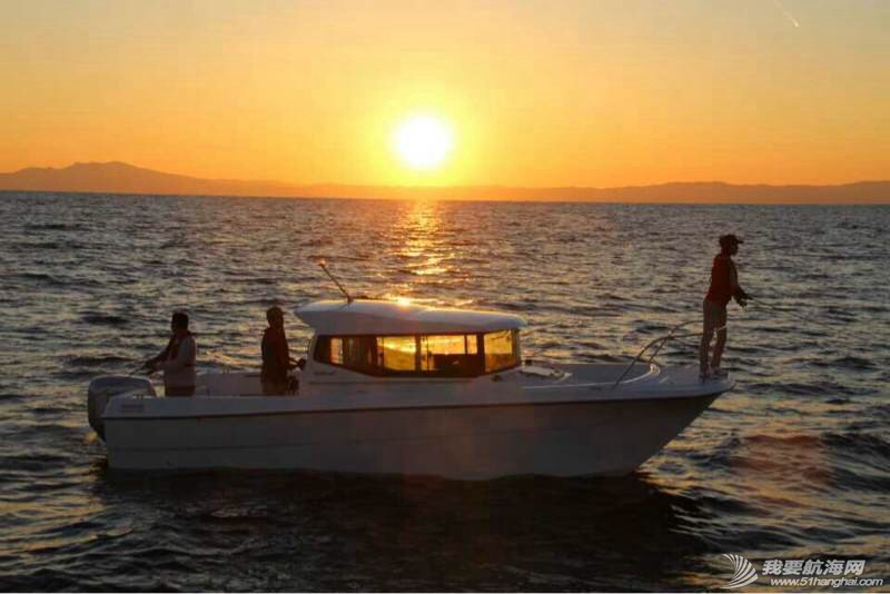 悠闲生活,一要有海,二要有艇。 110956rmznfnoy9gpykgyc.jpg