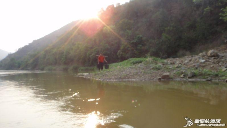 珠江,西太平洋,独木舟,自行车,水资源 闪米特:2014年水上活动第一季----完漂珠江2200公里浪尖传奇 c26d89588143d3973367e6fa602e9964_b.jpg
