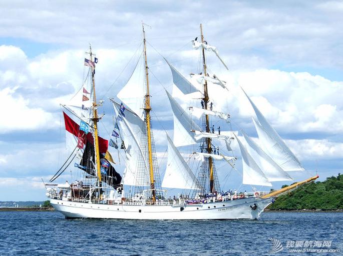 中国航海文化,大型培训帆舰 中国的航海文化与亚洲邻近较小的国家比较,可以从国家是否拥有大型培训帆舰看出。 3.png