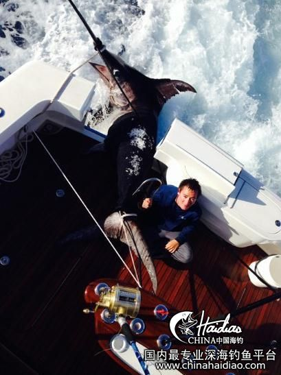 佛罗里达 17岁少年佛罗里达捕获314公斤剑鱼 102301vn7p7nuc7q9mz97n.jpg