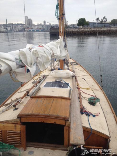 经济学,航海家,橡皮艇,天气,英国 25岁的英国造船匠的船上基本无电子仪器,这才是真正的航海家! 1.jpg