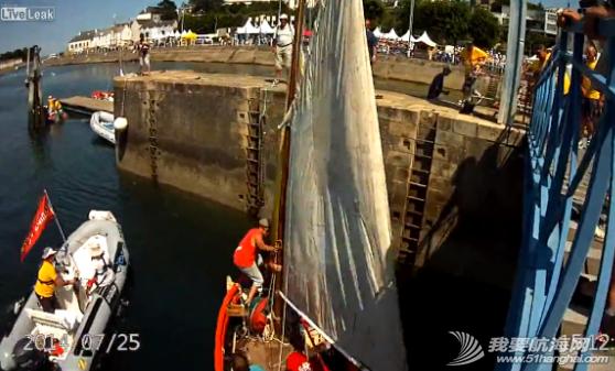 救生衣,帆船,记录,拍摄,影片 帆船航行经过桥底时需注意桅杆与桥的高度 8.png
