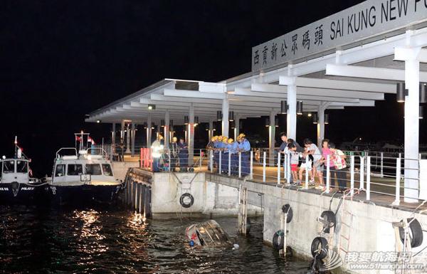 香港,西贡,消防 香港西贡码头沉没快艇证实无人被困 4.png