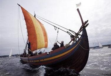 2007世界最大复制海盗船启程 重走千年前航线 3.png