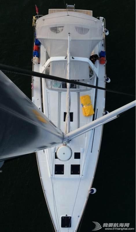 帆船桅杆上的视野 091901k27kooo1zhg58o2g.jpg