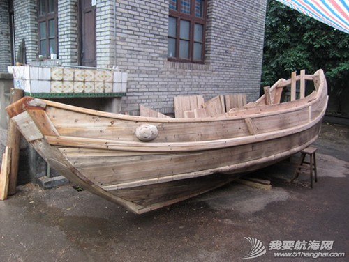 南台号建造至1月11日时,木作基本完工。因连日的大雨,其他工序暂时停工。---南台二号 1.jpg
