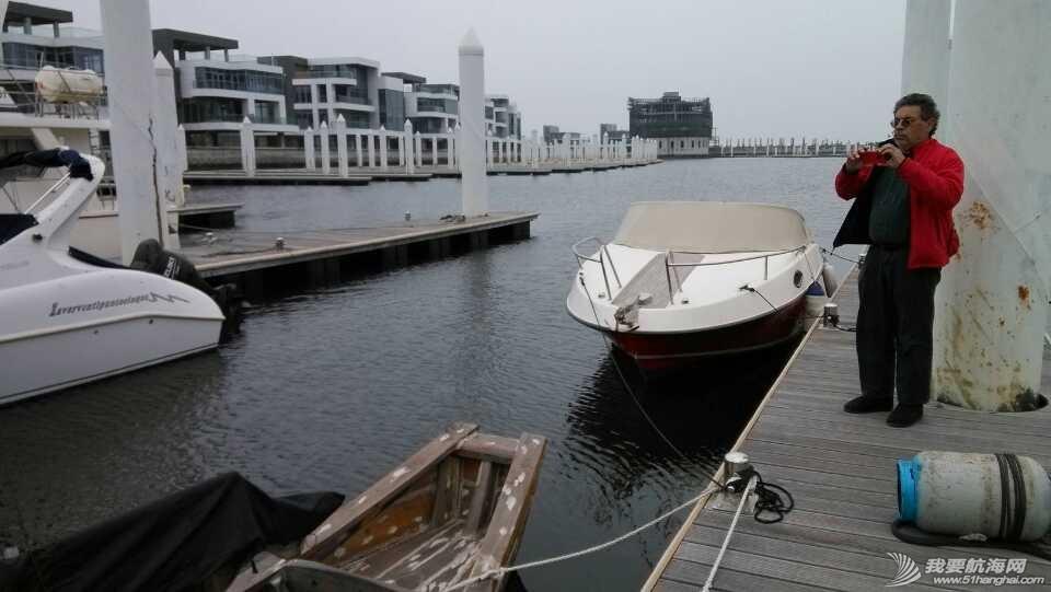 南台II号,禁航区,香港,福龙中心,帆船 时隔两年多,莫伟伦再次到访福龙中心,参观停泊在香山码头的南台II号。 2.jpg