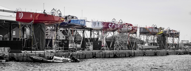 沃尔沃环球帆船赛,倒计时,七支船队,船坞,修整 沃尔沃环球帆船赛倒计时七支船队进入船坞做最后修整 1.jpg