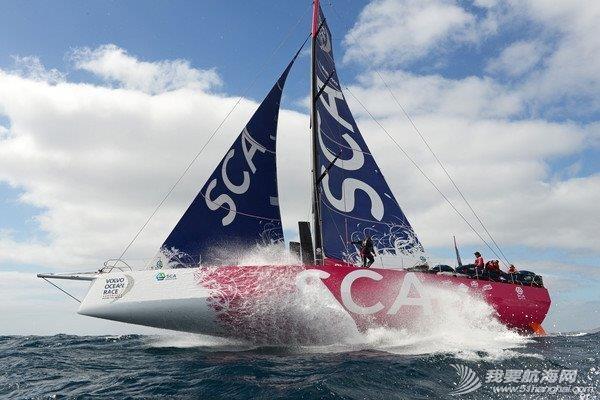 阿尔维麦迪卡队 2014-2015沃尔沃环球帆船赛第一站港内赛阿尔维麦迪卡队以微弱的优势赢得本场比赛。 image6.jpg