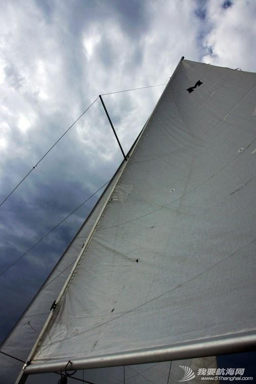 美国,便宜,帆船,进口 低价出售美国原装全新机帆两用帆船美贵格MacGregor26 23.jpg
